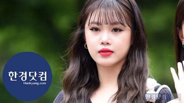 HK직캠|(여자)아이들 수진, 날이 갈수록 예뻐지네…'시선 강탈 레드립~'