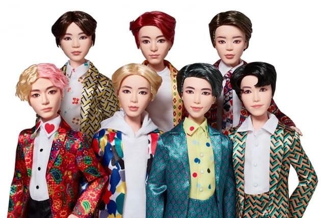 G마켓이 BTS 공식 구체관절인형을 출시했다. (사진 = G마켓)