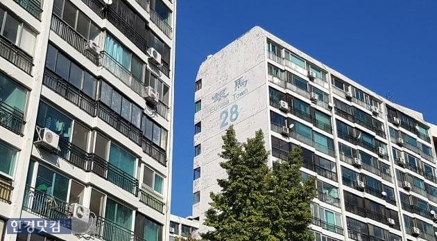 16년째 재건축을 추진 중인 서울 대치동 은마아파트. 전형진 기자