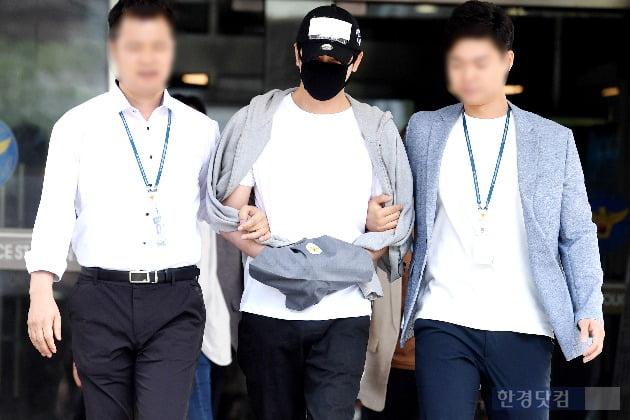 """'성폭행 혐의' 강지환 """"피해자들 댓글에 상처받고 있다고…미안하다"""""""