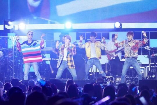 """위너, 도쿄서 일본 투어 시작…YG 측 """"7개 도시, 9회 공연"""""""