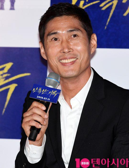 배우 정두홍이 8일 오후 서울  CGV 용산아이파크몰에서 열린 영화 '난폭한 기록' 언론시사회에 참석했다./ 조준원 기자 wizard333@