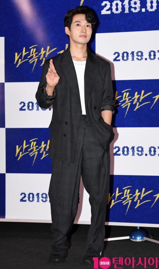 배우 류덕환은 영화 '난폭한 기록'에서 한 번 물면 절대 놓지 않는 특종 킬러 VJ 국현으로 분했다./ 사진=조준원 기자 wizard333@