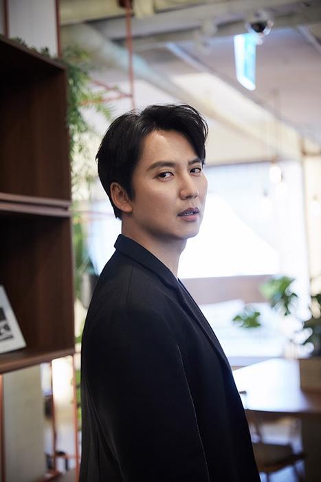 김남길, tvN '시베리아 횡단열차'로 예능까지 접수…이어지는 열일 행보