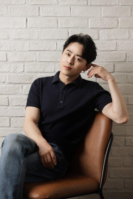 배우 조정석은 SBS 드라마 '녹두꽃'에서 사람답게 사는 세상을 꿈꾸며 동학군이 된 백이강 역으로 열연을 펼쳤다. /사진제공=잼엔터테인먼트