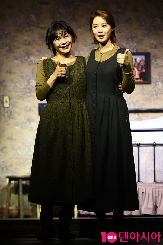 배우 길해연(왼쪽), 김성령. / 서예진 기자 yejin@