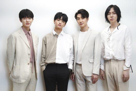 밴드 호피폴라의 하현상(왼쪽부터), 김영소, 홍진호, 아일. / 제공=JTBC