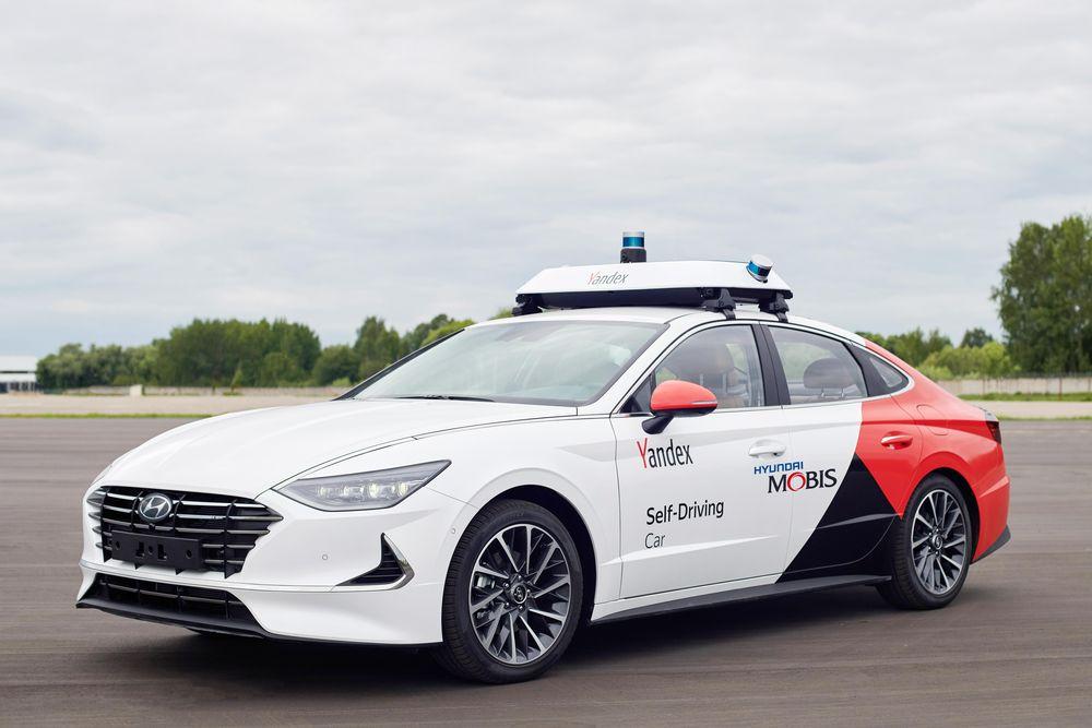 현대모비스, 얀덱스와 공동개발한 자율주행 택시 선봬