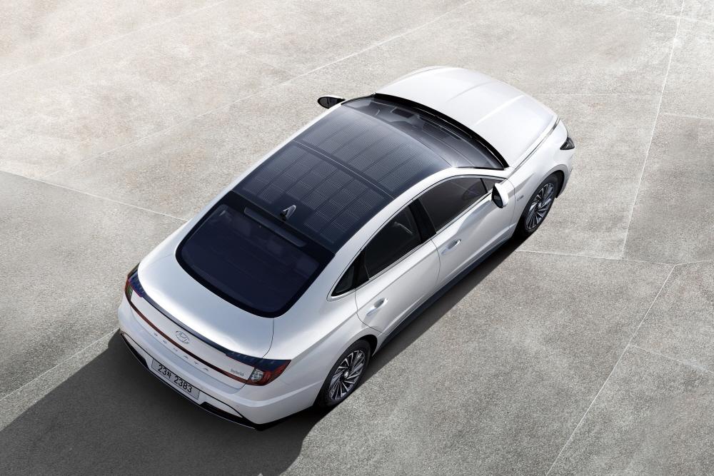 현대차, 솔라루프 얹은 '쏘나타 하이브리드' 출시