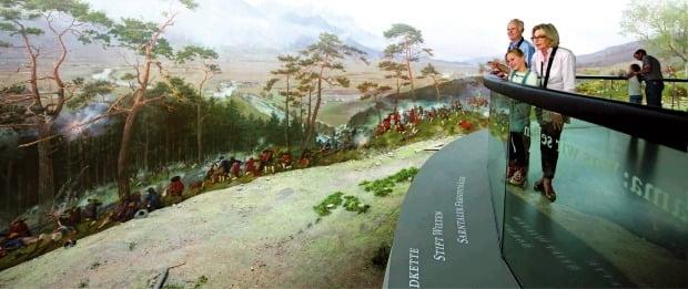 200여 년 전 벌어진 전투를 기록해 놓은 티롤 박물관. 또 다른 인스브루크를 만날 수 있다. 티롤 박물관 제공