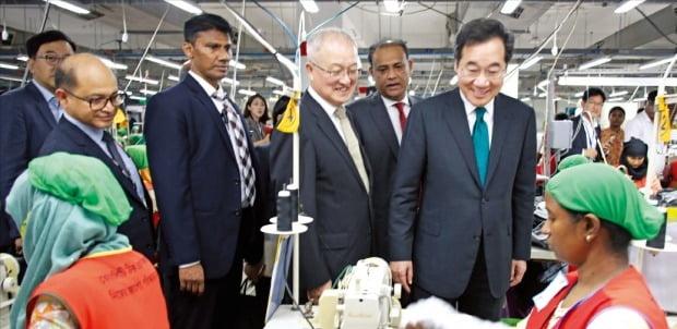 이낙연 총리, 방글라데시 영원무역 공장 방문