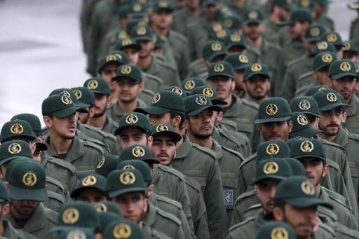 지난 2월 이란 테헤란 아자디광장에서 이란이슬람혁명 40주년 기념식에 참석한 이란혁명수비대(IRGC) 대원들. 사진 AP통신