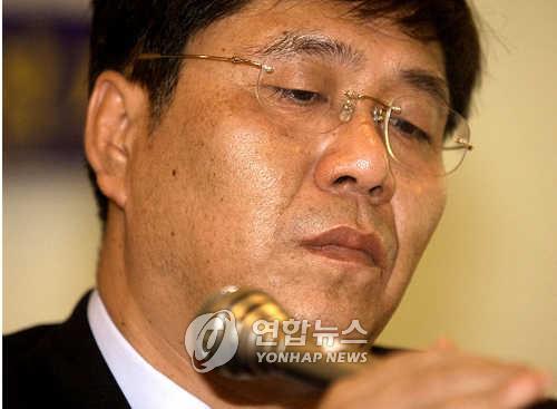 '병풍' 김대업, 해외도피 3년 만에 필리핀서 체포