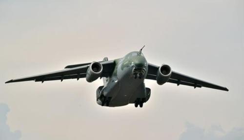 포르투갈, 브라질 엠브라에르 개발 군 수송기 KC-390 5대 구매