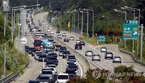 서울춘천고속도로 개통 10년…누적교통량 3억3천만대