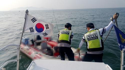 인천 팔미도 해상서 기관고장 표류 레저보트 구조