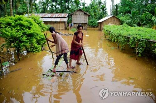 북동부 홍수·남부는 가뭄…인도 '극과극' 물문제로 신음