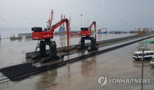 대북제재에 지난해 북한 성장률 -4.1%…2년째 역성장