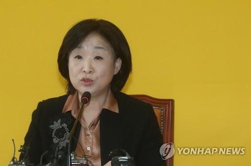 """정의당 새 대표에 심상정…""""내년 총선 승리할 것"""""""