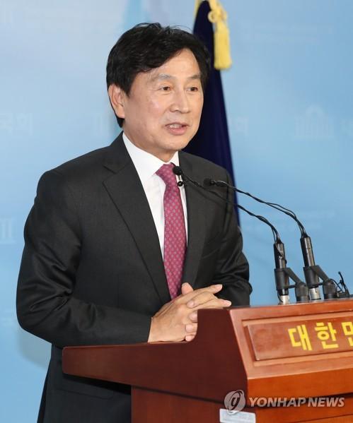 """유재중 """"복지부, 건보 재정적자 숨기려 지출절감 3%로 확대"""""""