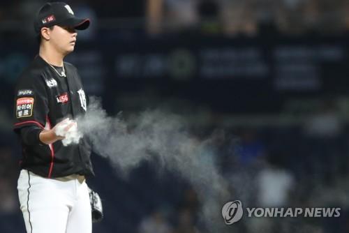 KIA '이적생' 이우성의 거포 본능, 홈런 두 방 '쾅·쾅'(종합)