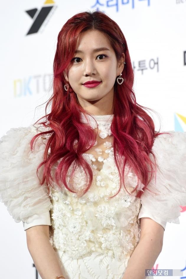 [포토] 이유비, '빨강머리 비!' (2019 소리바다 어워즈)