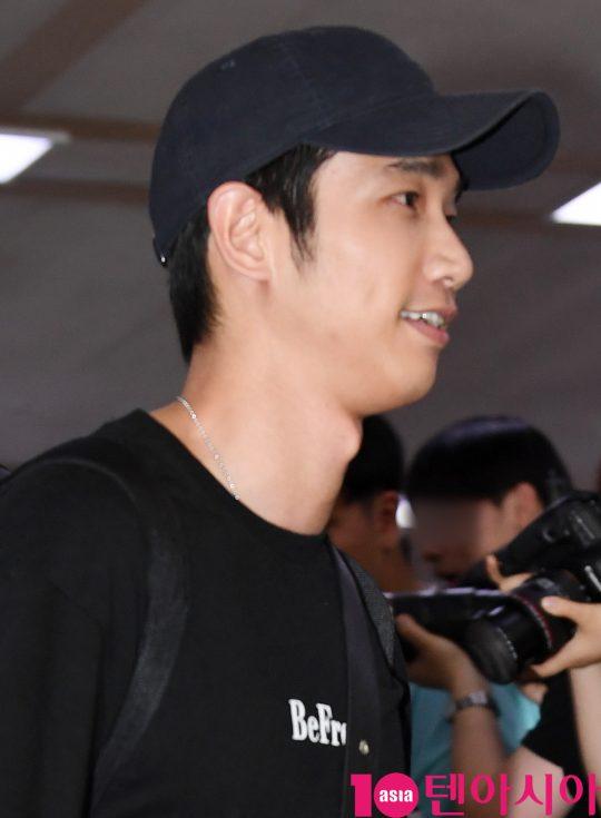 대만 배우 류이호 (劉以豪)가 31일 오후 한국일정 참석차 김포국제공항을 통해 입국하고 있다.