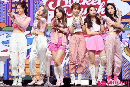 그룹 로켓펀치의 수윤(왼쪽부터), 연희, 쥬리, 소희, 윤경, 다현. / 이승현 기자 lsh87@
