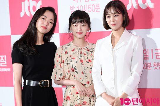 배우 전여빈(왼쪽부터), 천우희, 한지은