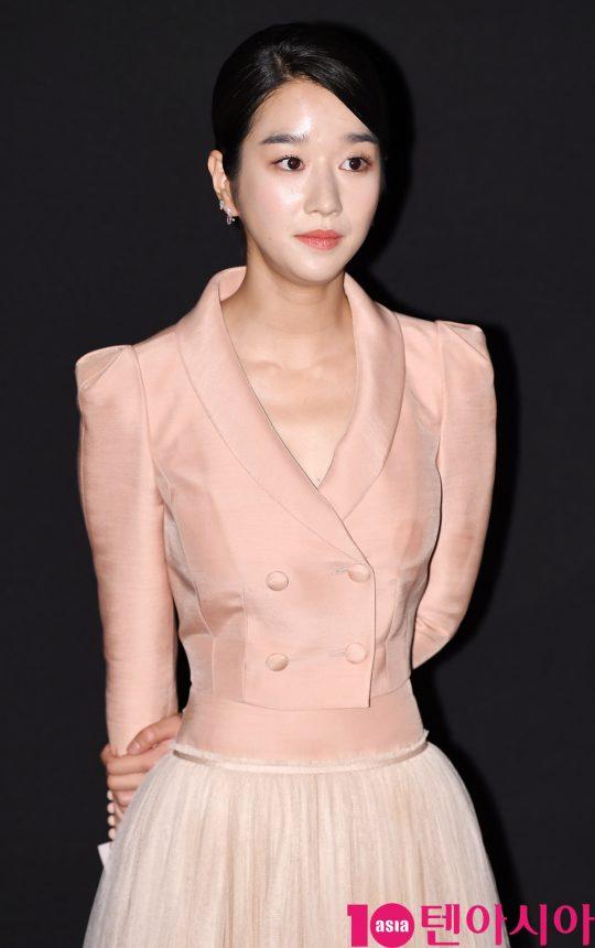 배우 서예지가 8일 오후 서울 강남구 삼성동 메가박스 코엑스에서 열린 영화 '암전' 가족시사회 무대인사에 참석했다.