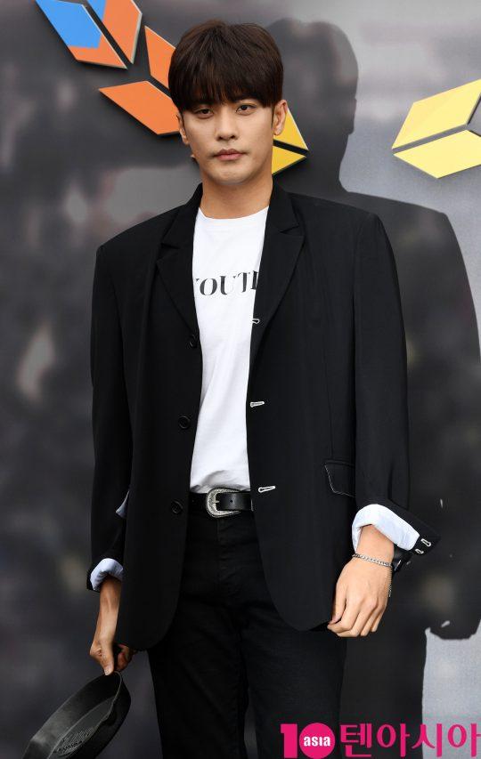 배우 성훈이 9일 오후 서울 장충동 장충체육관에서 열린 2019 펍지 네이션스 컵 기념 포토월에 참석하고 있다.