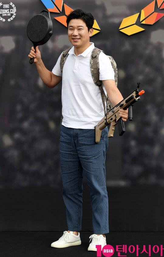 진종오가 9일 오후 서울 장충동 장충체육관에서 열린 2019 펍지 네이션스 컵 기념 포토월에 참석하고 있다.