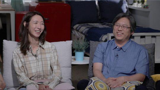 방은진 영화감독(왼쪽). / 제공=JTBC '방구석1열'