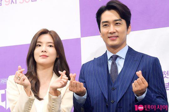 배우 이선빈(왼쪽)과 송승헌./ 서예진 기자 yejin@