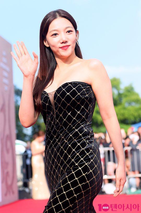 배우 이채영