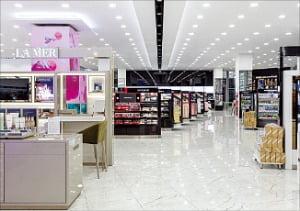 코스맥스, 'K뷰티'로 러시아 공략…최대 화장품 유통채널 레뚜알에 42개 품목 수출
