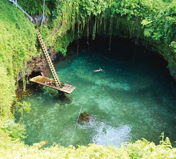 죽기 전에 꼭 가봐야 할 곳으로 알려진 지구상에서 가장 아름다운 천연 수영장 토수아.