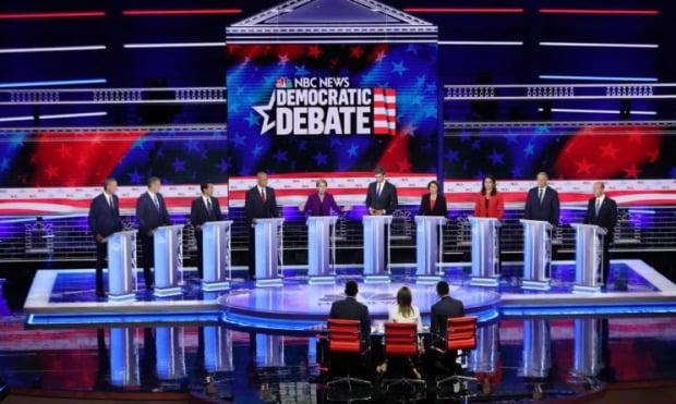 민주당 대선 후보들의 토론회 모습 / 사진=Getty Images