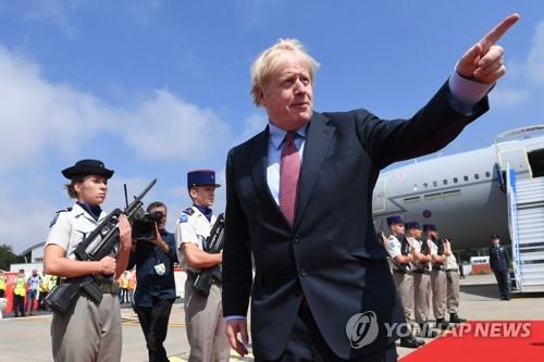"""존슨-투스크, 브렉시트 설전…서로 """"'미스터 노딜' 오명 쓸 것"""""""