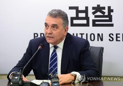 """폭스바겐 차주들 """"리콜승인 취소해 달라"""" 소송 냈지만 패소"""