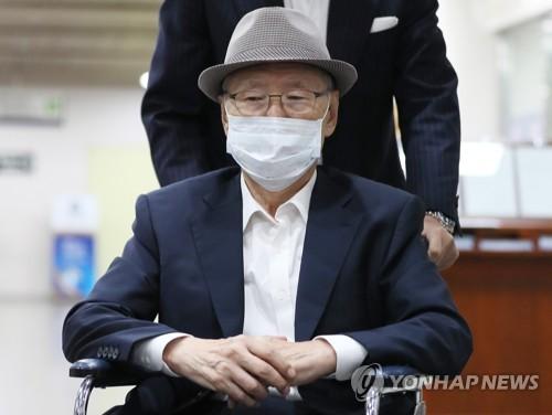 'MB집사' 김백준, 특활비 상납 관여 2심서도 처벌 면해