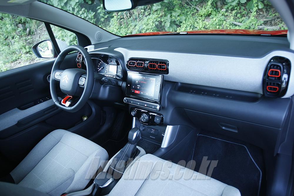 [시승]SUV도 개성이다, 시트로엥 C3 에어크로스