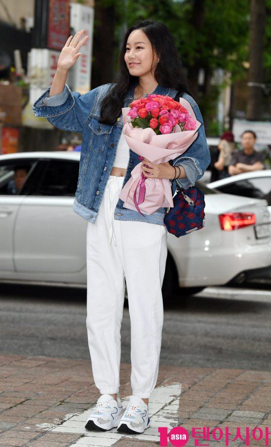 배우 박유나가 1일 오후 서울 여의도 한 음식점에서 열린 tvN 토일드라마 '호텔 델루나' 종방연에 참석하고 있다.