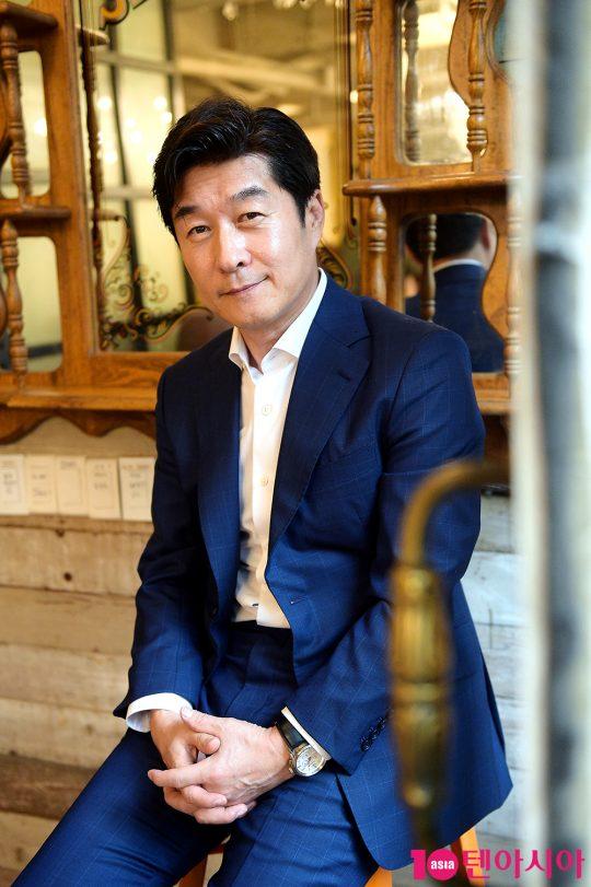 """김상중은 """"오구탁이라는 캐릭터를 보고 환호성을 질렀다. 내가 날리지 못하는 한 방을 이 캐릭터가 대신해준다고 생각했다""""고 말했다. /서예진 기자 yejin@"""