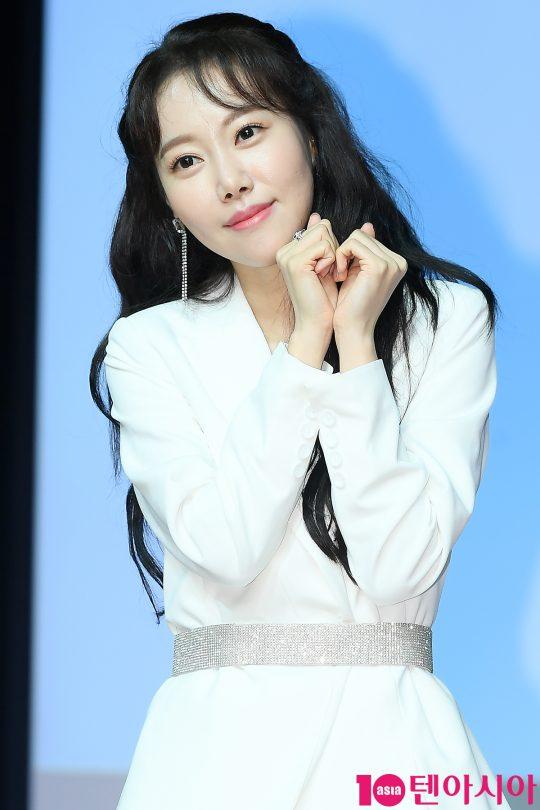 그룹 멜로디데이 출신 가수 여은이 6일 오후 서울 청담동 일지아트홀에서 솔로 싱글 '싸운 날' 발매 기념 쇼케이스를 개최했다. / 이승현 기자 lsh87@
