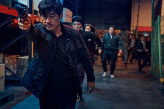 영화 '나쁜 녀석들: 더 무비'의 한 장면. /사진제공=CJ엔터테인먼트