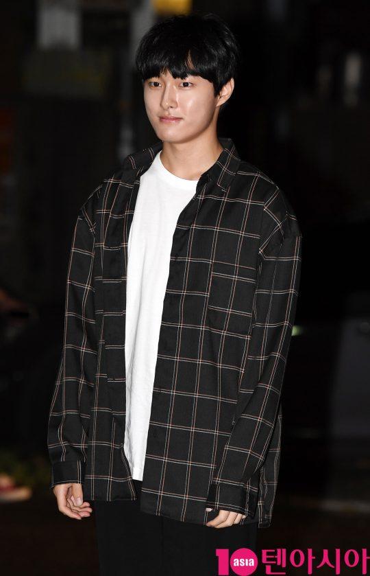 배우 윤친영이 7일 오후 서울 여의도 한 음식점에서 열린 SBS 금토드라마 '의사 요한' 종방연에 참석하고 있다.
