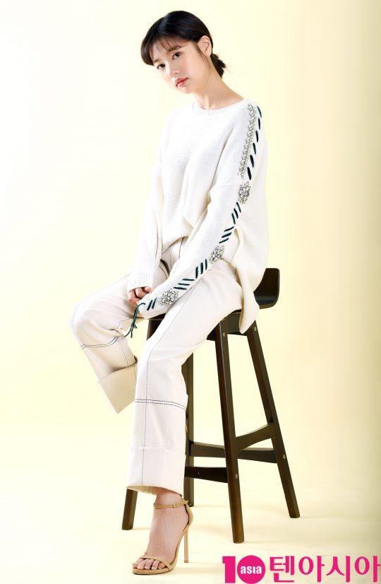 SBS예능 '리틀 포레스트' 에서 출연중인 배우 정소민이 6일 서울 중구 청파로 한경텐아시아 스튜디오에서 진행된 인터뷰에 참석하고 있다.