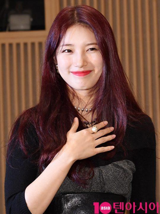 배우 배수지가 16일 오후 서울 양천구 목동 SBS 사옥에서 열린 SBS 금토드라마 '배가본드' 제작발표회에 참석하고 있다.