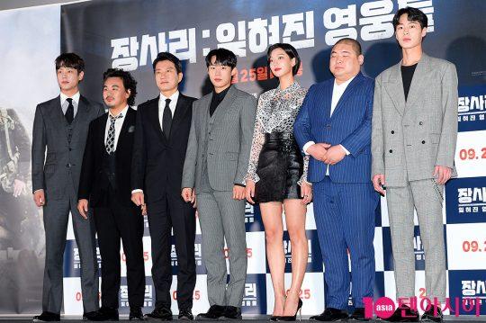 배우 곽시양(왼쪽부터), 김인권, 김명민, 김성철, 이호정, 장지건, 이재욱